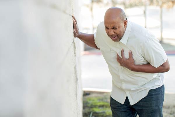 درد قفس سینه متخصص قلب