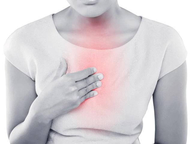 علت سوزش سینه چیست؟