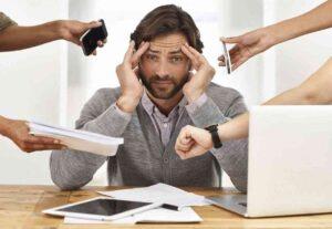 ارتباط بین استرس و افتادگی دریچه میترال